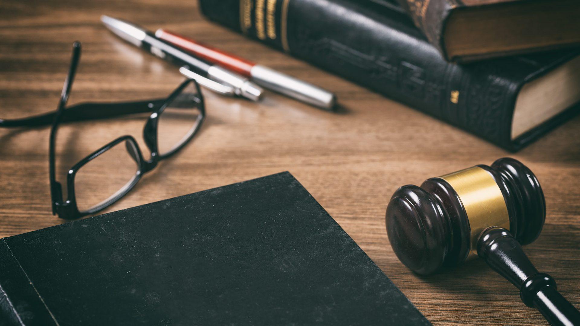 Визнано неконституційним Закон «Про всеукраїнський референдум» – LexInform  – Правові новини, юридична практика, коментарі
