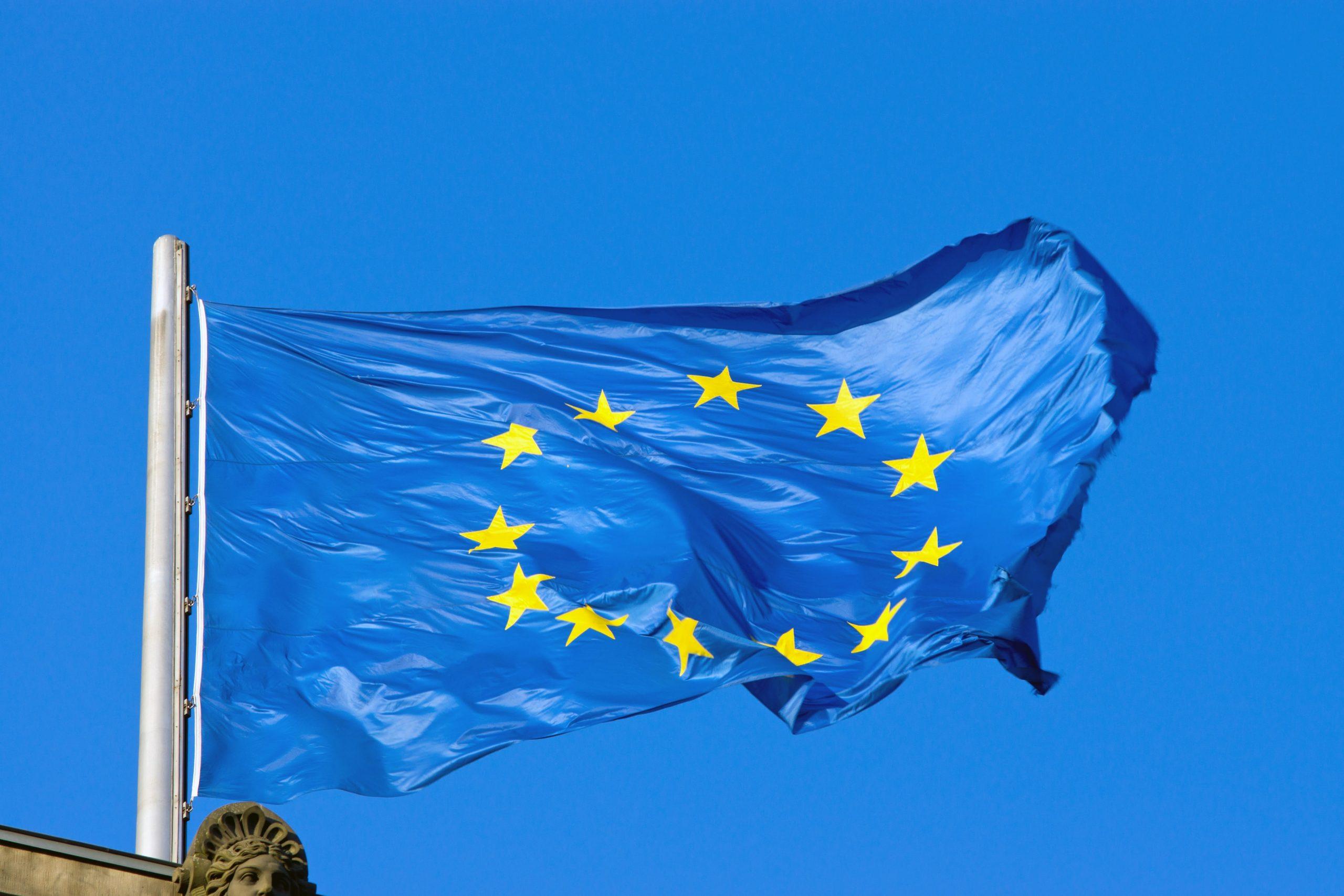 european-flag-PCKLTMZ-min