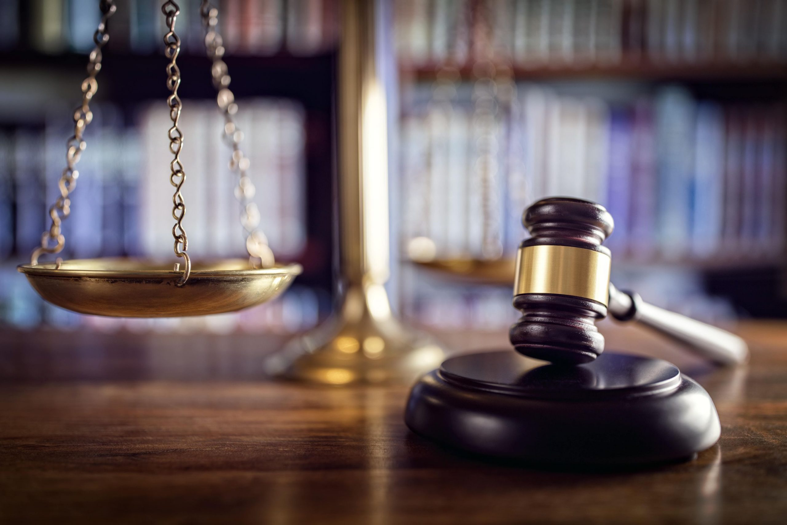 gavel-scales-of-justice-and-law-books-P6F8T5D-2