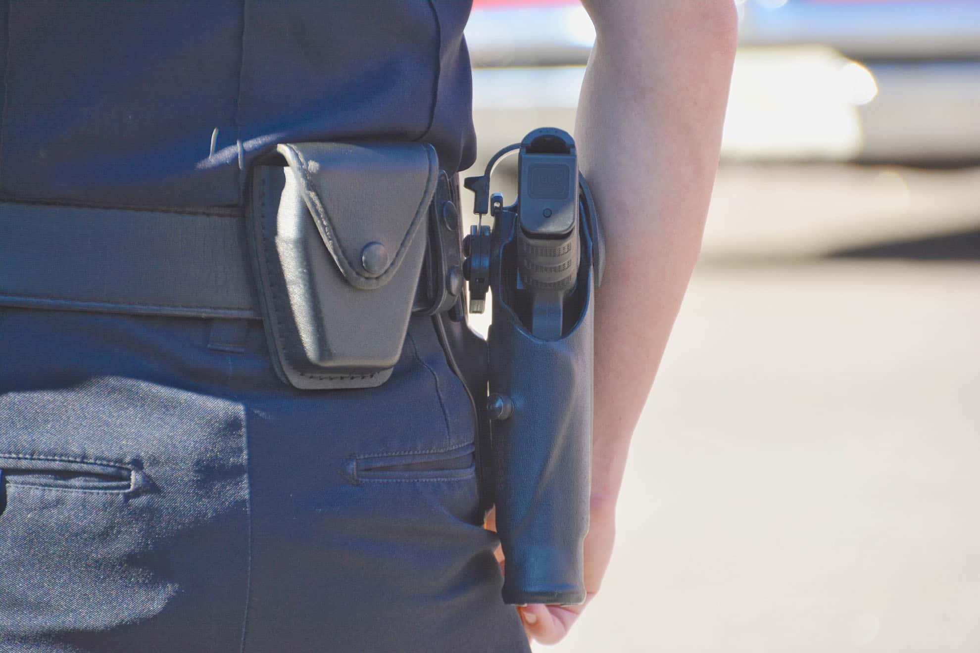 policeman-5F24ZE9-min