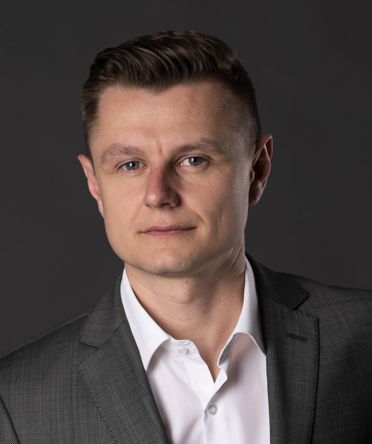 Андрій САВАРЕЦЬ