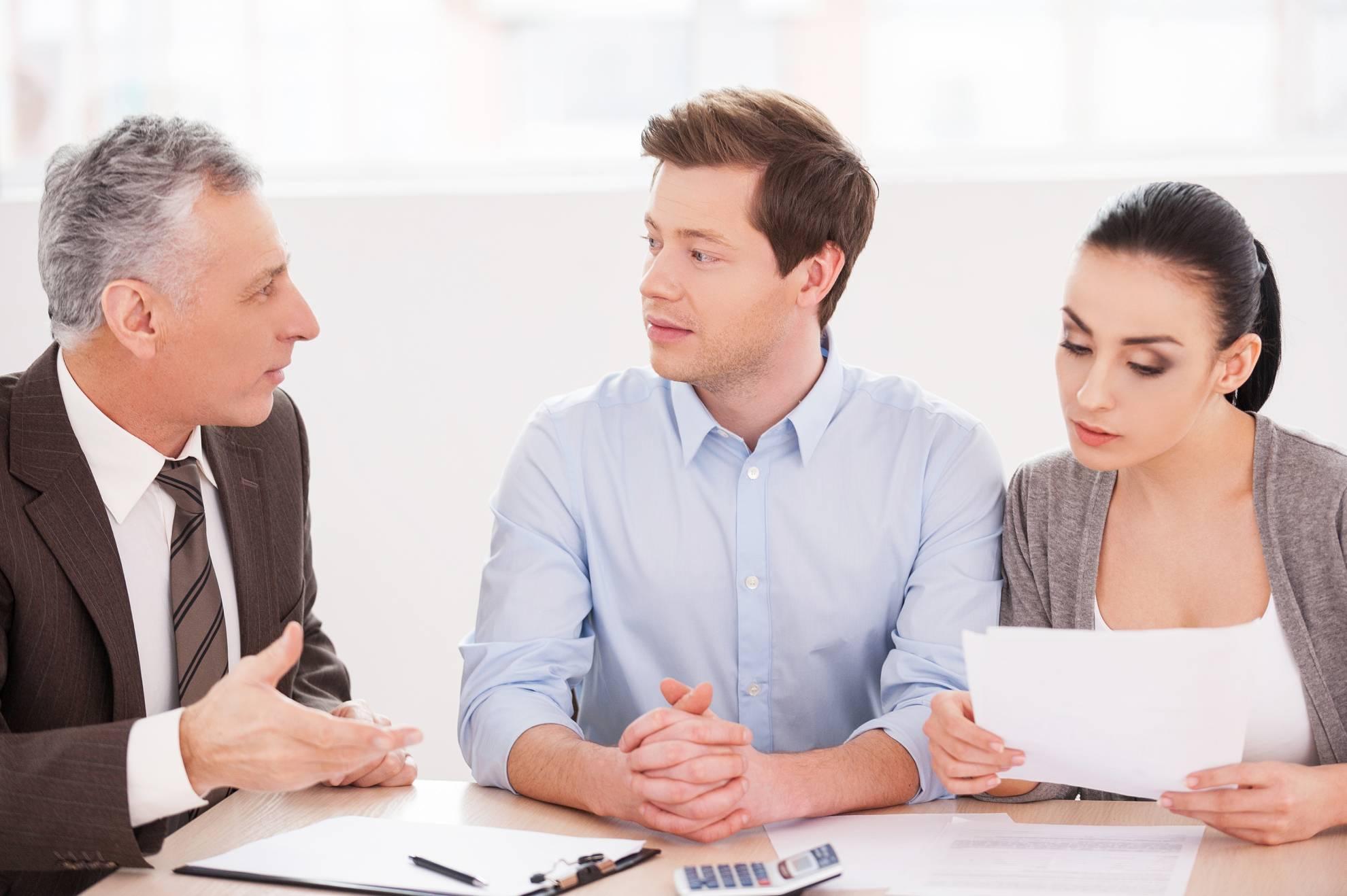 financial-consultation-3SHCKFB (1)