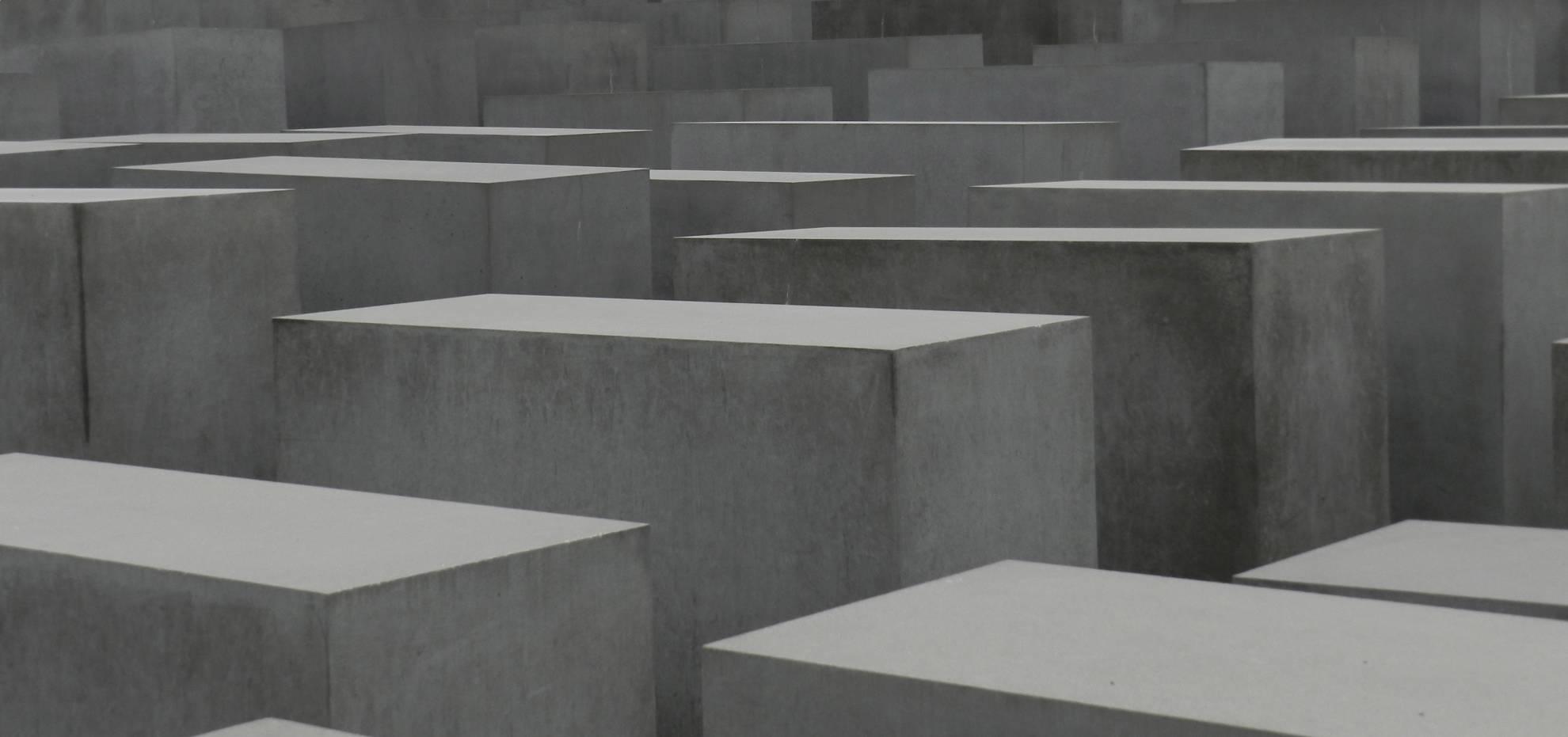 holocaust-memorial-berlin-H5EYJT8 (1)